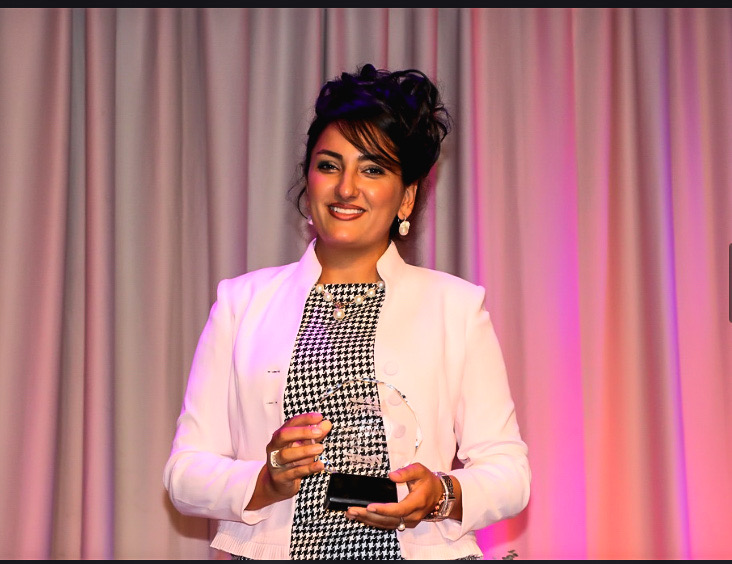 Sara Arjmand, Winner of Woman of the Year in Hospitality and Tourism!